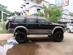 Mitsubishi Strada G wagon 4wd   SUSPENSIONS LIFT KIT